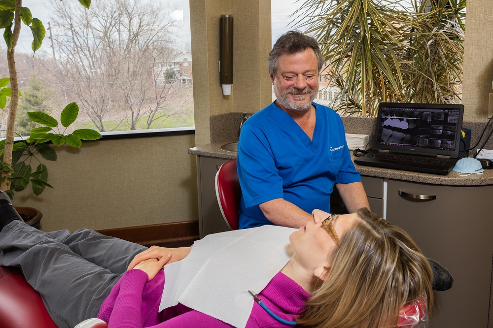 Family Dental Exams in Erie, PA - Dr. Lee Simon